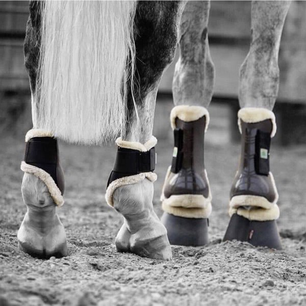 Fetlock boots with synth. fake-fur rim