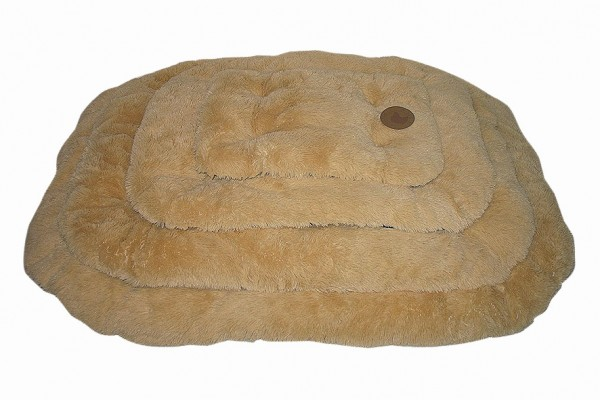 """""""Country Dog"""" Dog Mat with faux sheepskin cover"""