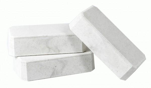 Mineral- und Salzleckstein